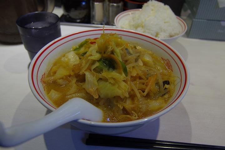蒙古タンメン中本に行き味噌タンメン野菜マシ